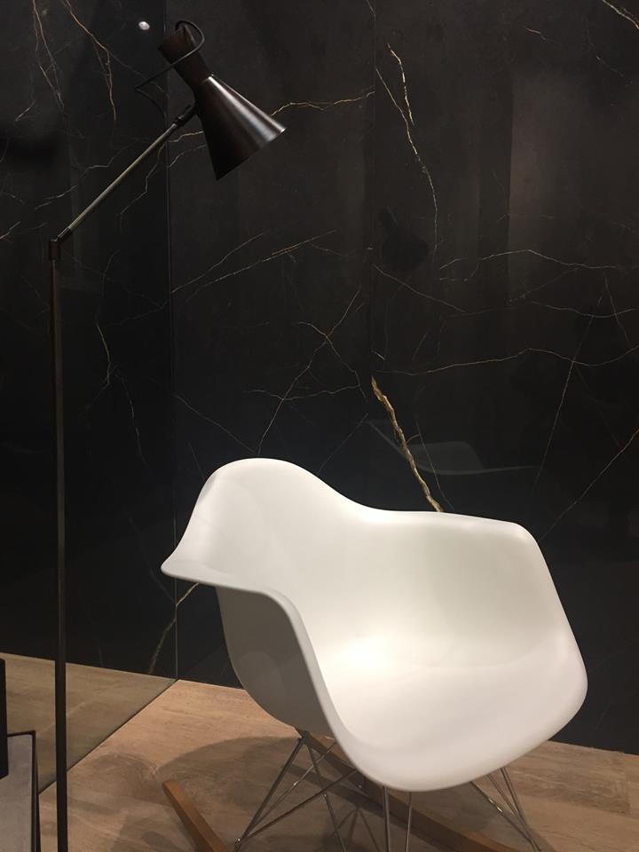 Нов цвят - Noir Laurent